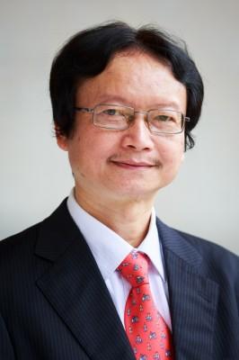 Tác giả Nguyễn Thiện Nam (PGS.TS, Chủ nhiệm Khoa VNH&TV).