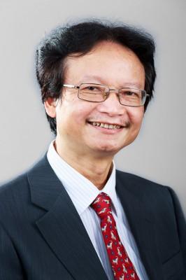 Tác giả Nguyễn Thiện Nam (PGS.TS, Chủ nhiệm Khoa Việt Nam học và Tiếng Việt).