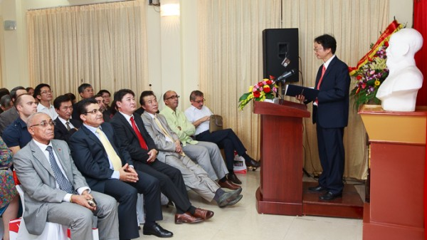 PGS.TS Nguyễn Thiện Nam phát biểu khai mạc Lễ kỉ niệm.
