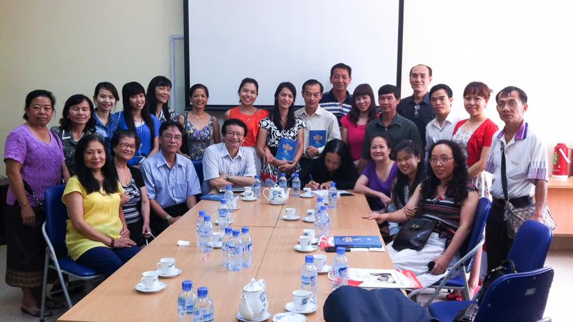 Chuyến thăm của đoàn giáo viên người Việt ở nước ngoài