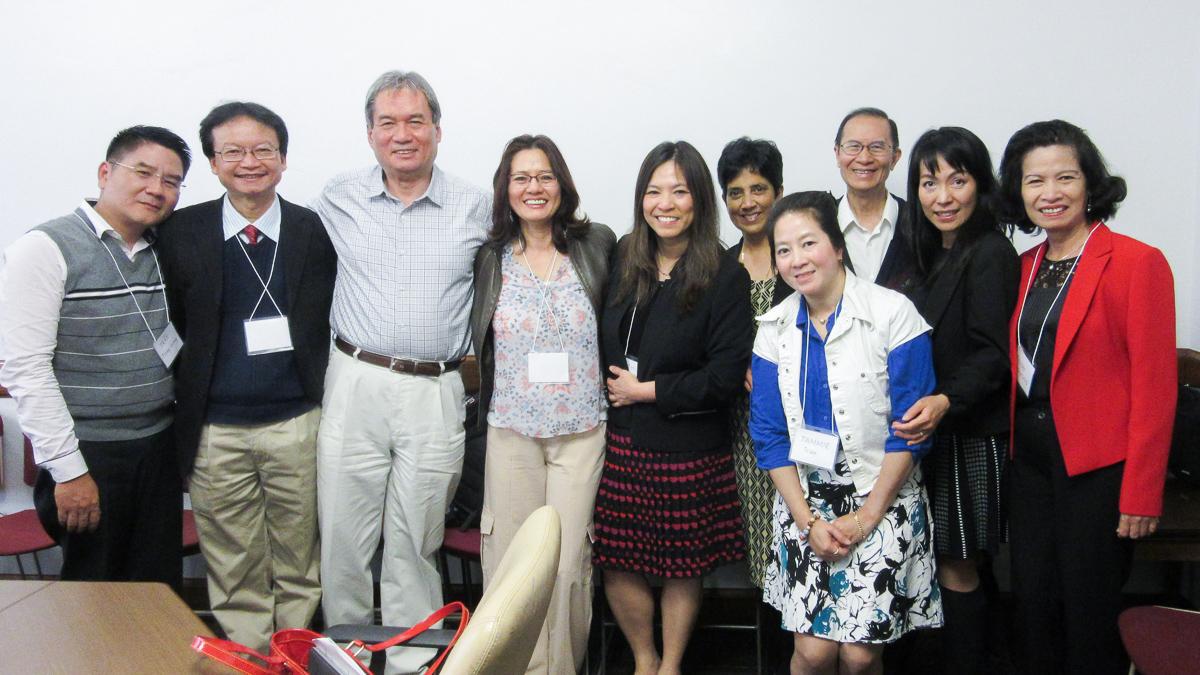Chủ nhiệm Khoa thăm, làm việc tại một số ĐH Mỹ có giảng dạy tiếng Việt