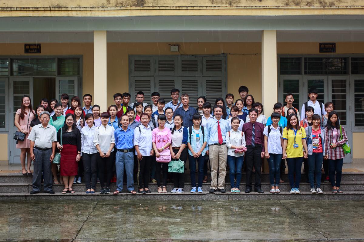 Khoa Việt Nam học và Tiếng Việt chào đón tân sinh viên