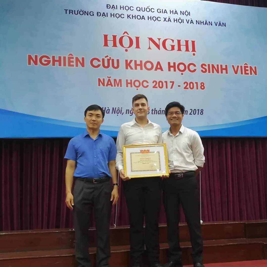 Sinh viên VSL đạt giải nhì NCKH cấp Đại học quốc gia Hà Nội